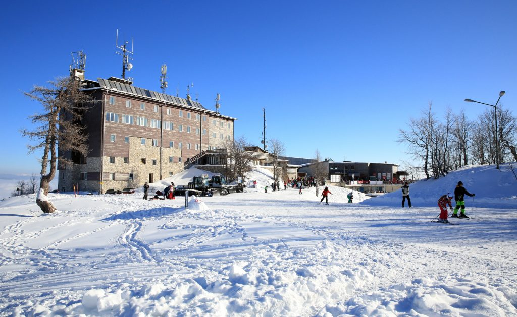 Vogel Ski Center Outdoor Slovenia Ski School